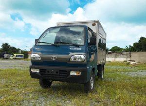 mặt-trước-cabin-xe-tải-thaco-towner-800-thùng-kín