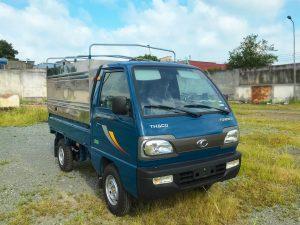 phía-trước-hông-lơ-xe-tải-thaco-towner-800-thùng-bạt-xanh-dương