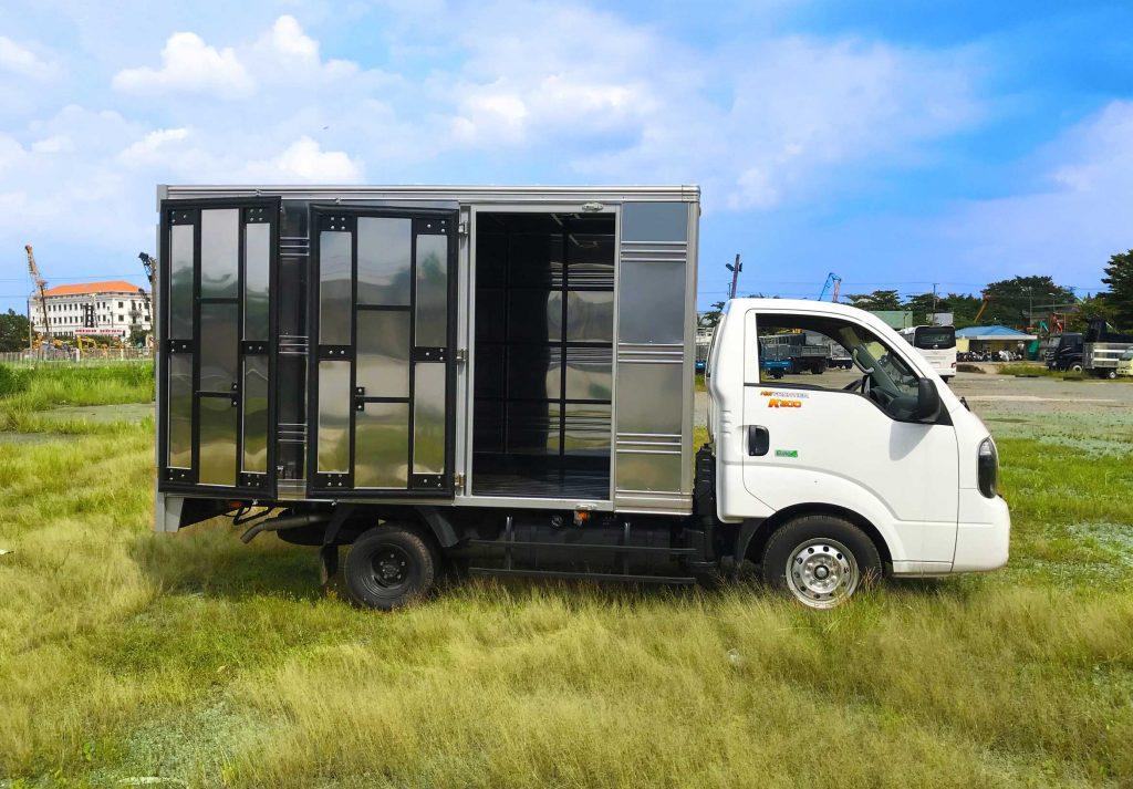 thùng-xe-xe-tải-kia-k200-thùng-kín