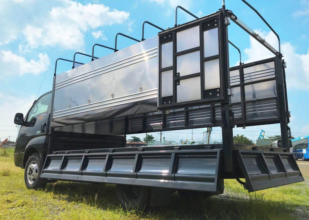 xe tải nhẹ thaco kia k250 thùng mui bạt mở 3 bửng màu xanh rêu
