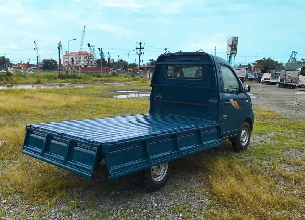 xe tải nhỏ thaco towner 990 thùng lửng màu xanh dương