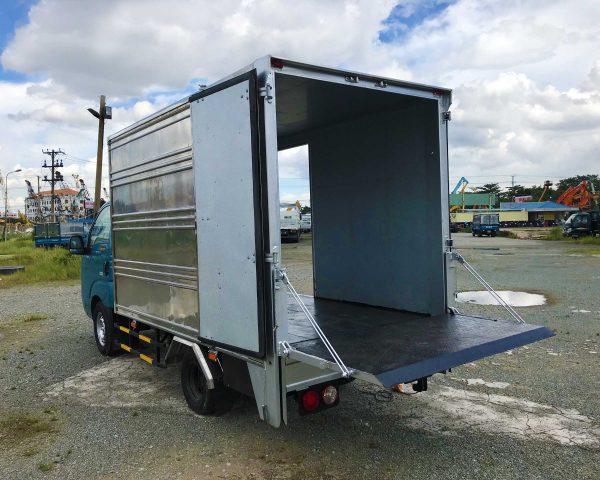 nâng-bửng-xe-tải-kia-k200-thùng-kín-bửng-nâng