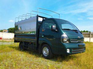 phía-trước-cabin-xe-tải-kia-k200-thùng-bạt