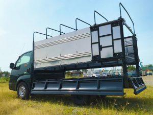phía-sau-thùng-xe-tải-kia-k200-thùng-bạt