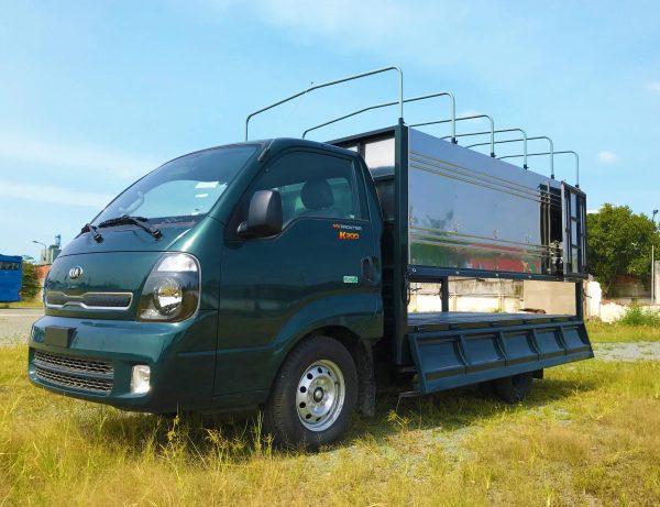 phía-trước-cabin-bên-tài-xe-tải-kia-k200-thùng-bạt