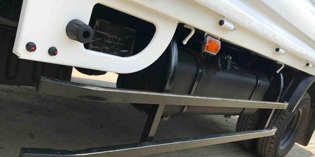 khung chắn thùng nhiên liệu xe tải nhẹ thaco kia k250