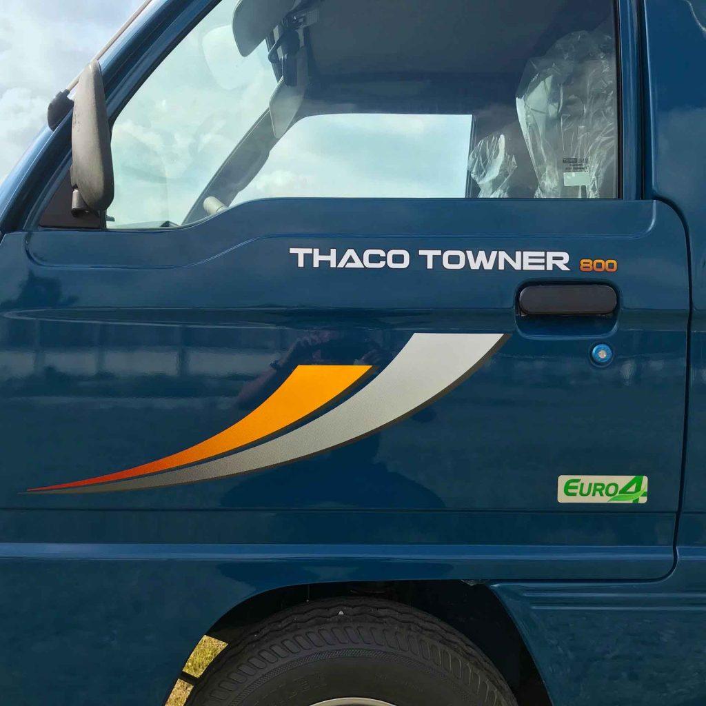 tem xe và tay nắm mở cửa xe tải nhỏ thaco towner 800