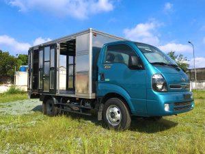 xe tải nhẹ thaco kia k250 thùng kín màu xanh dương