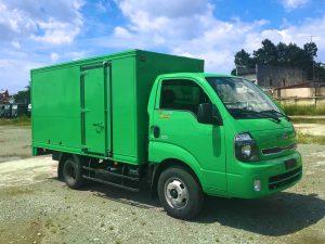 xe tải thaco kia k250 thùng kín tôn đen xanh lá