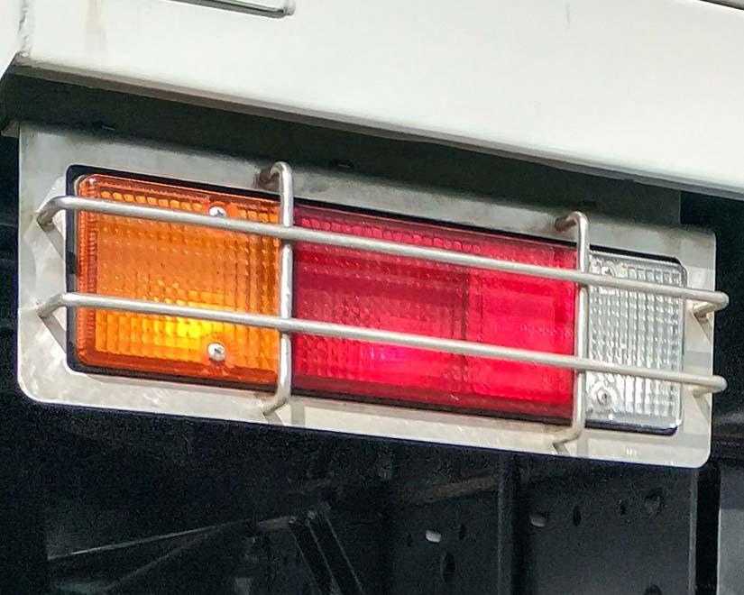 đèn sau xe tải nhẹ thaco fuso canter 4.99