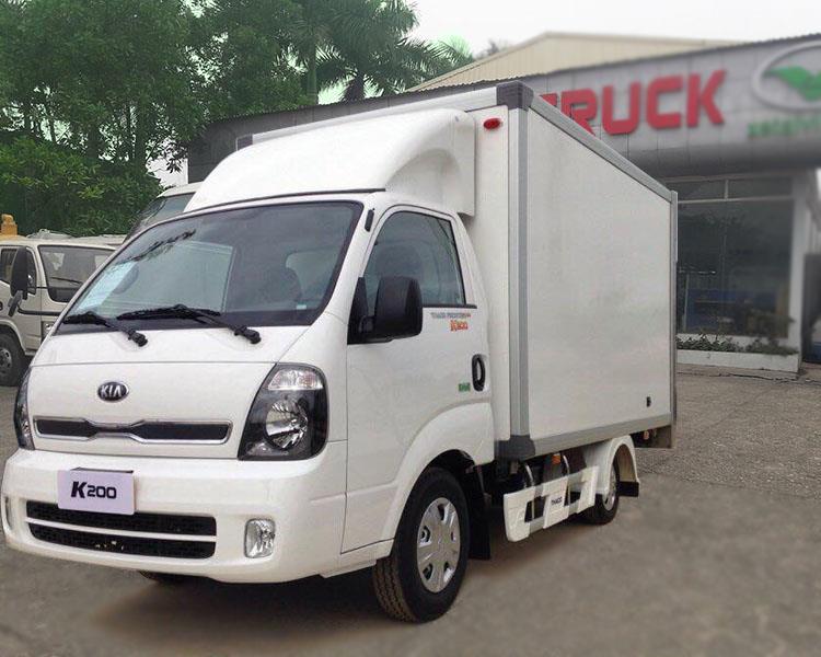 Xe-tải-kia-k200-thùng-đông-lạnh