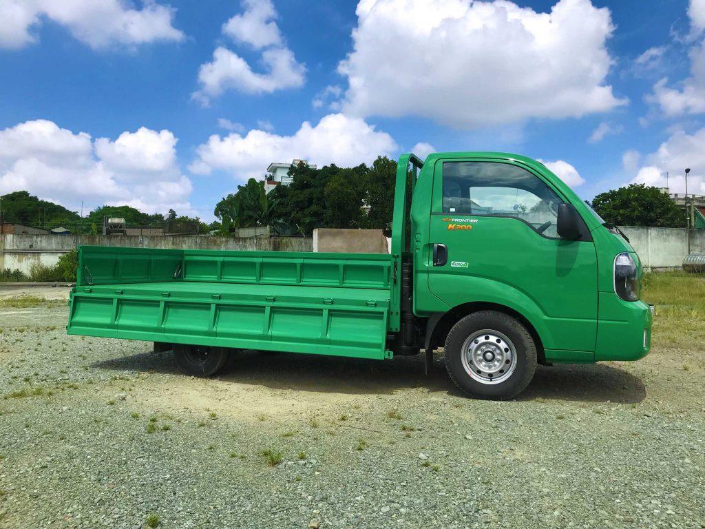 Xe tải kia k200 thùng lửng xanh lá cây