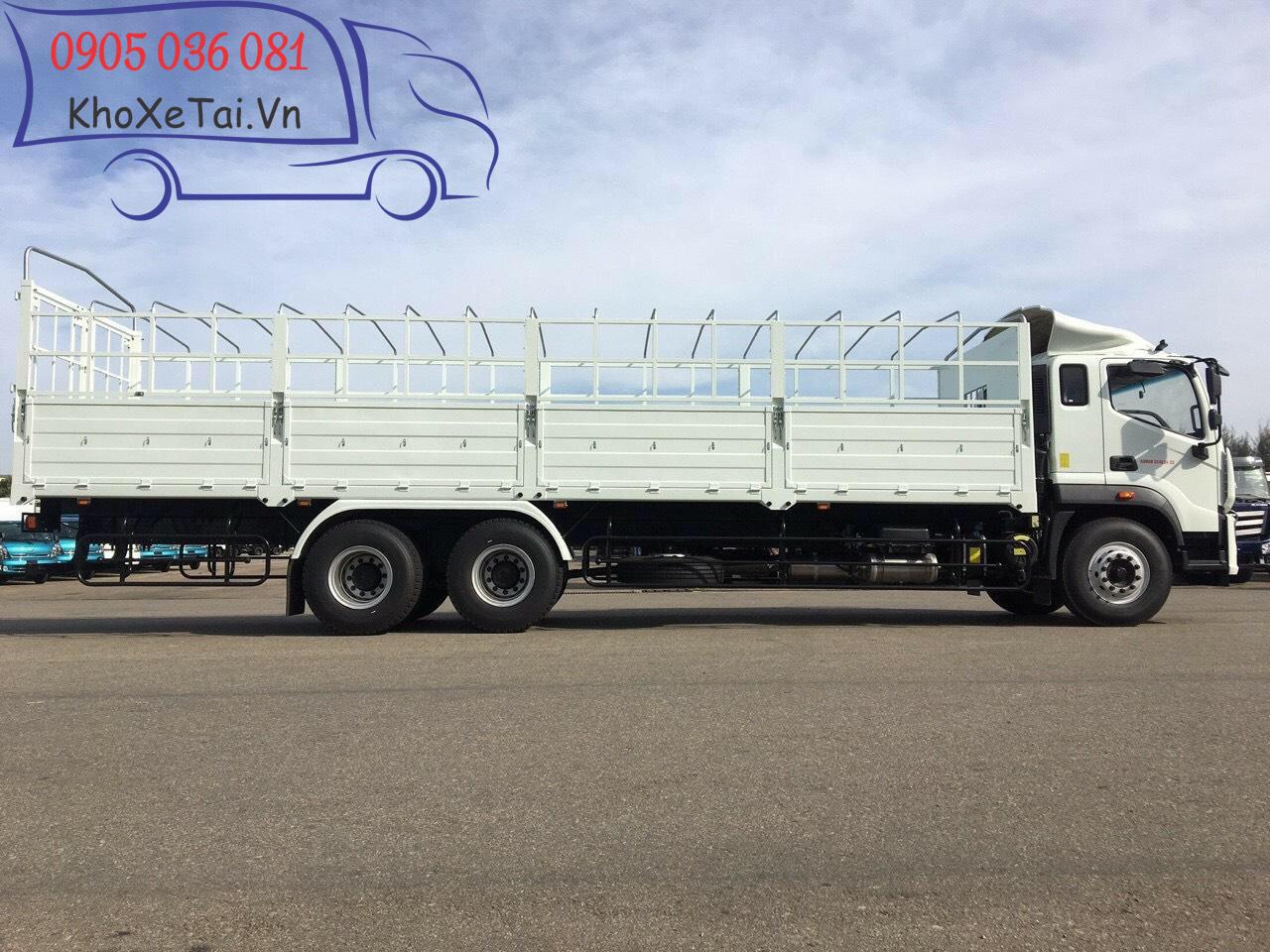 xe c240 thùng mui bạt